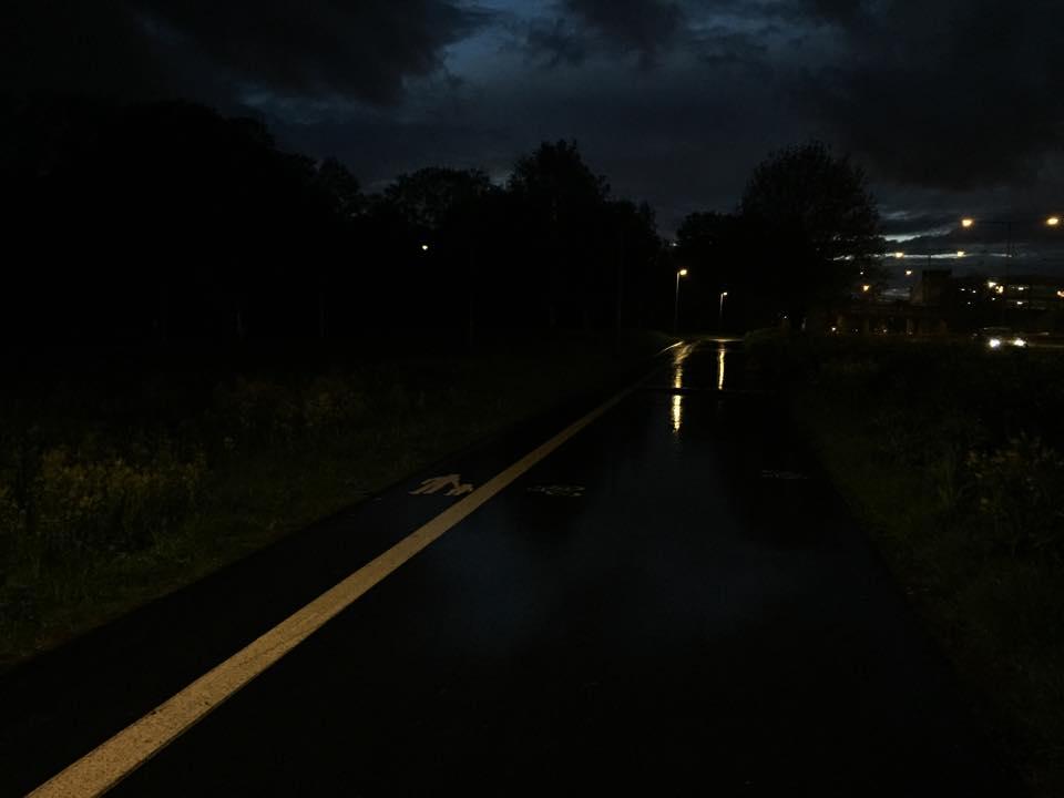 vattenslang i mörker
